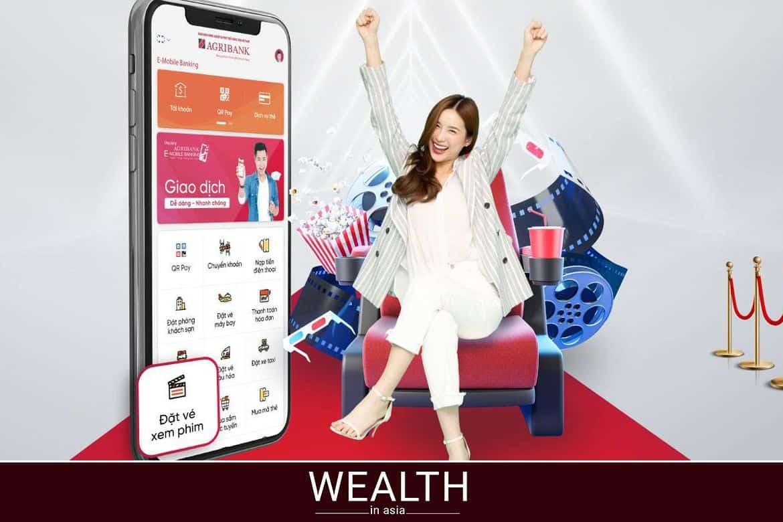 Chuyển tiền Agribank sang Vietcombank bằng điện thoại.