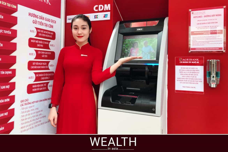 Chuyển tiền qua cây ATM Agribank.