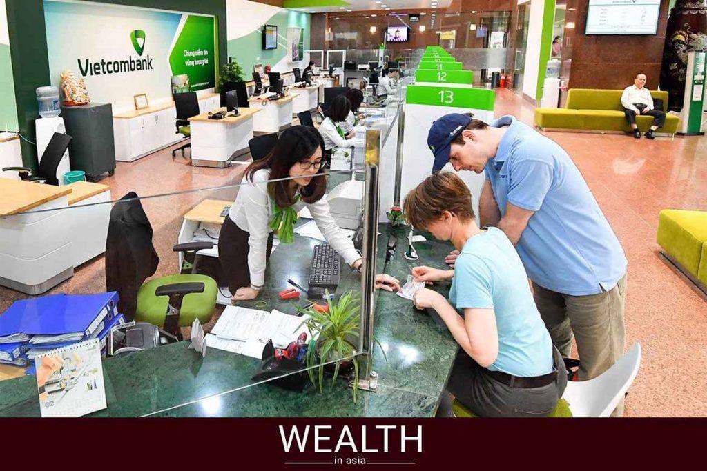 Hạn mức rút tiền bằng thẻ ATM Vietcombank là bao nhiêu?