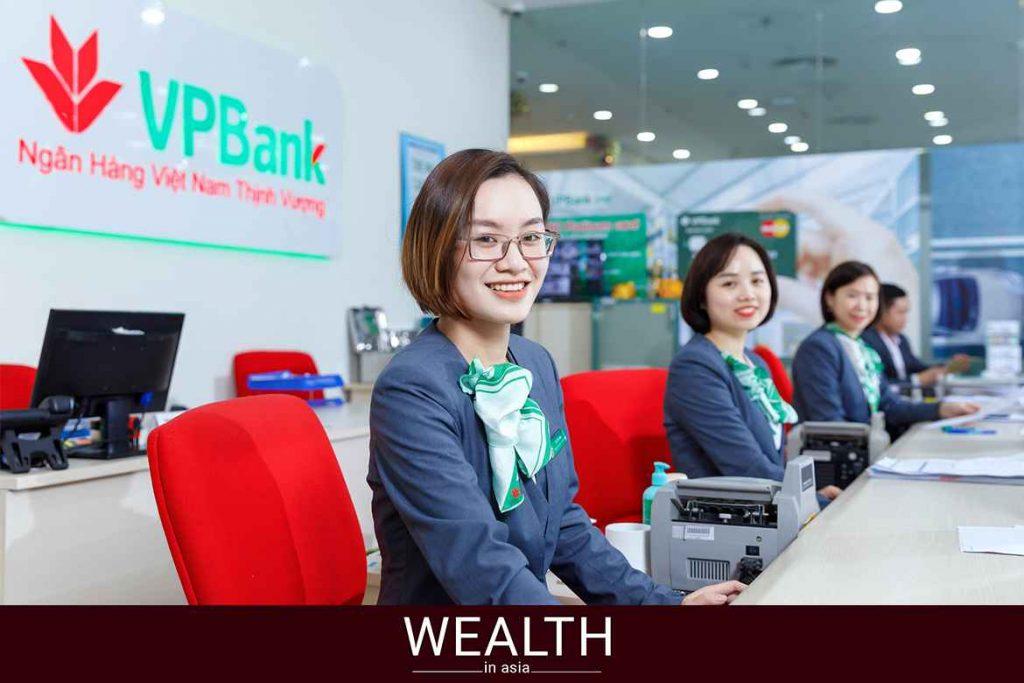 Phí duy trì VPBank có phải là phí quản lý tài khoản không?
